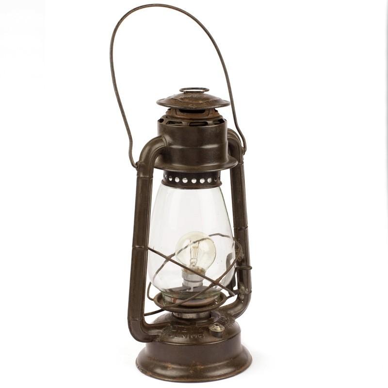 dater des cordons de lampe