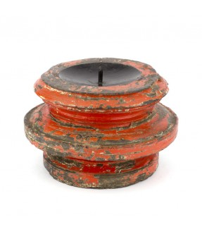 Wooden candle stand red