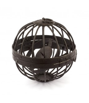 Iron wire globe for candle