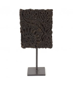 Block print on iron stand