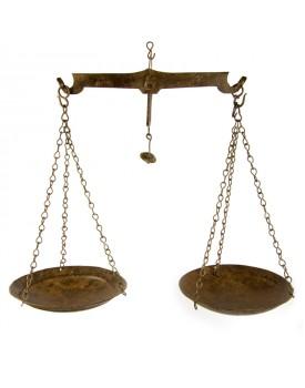 Balance métal ancienne